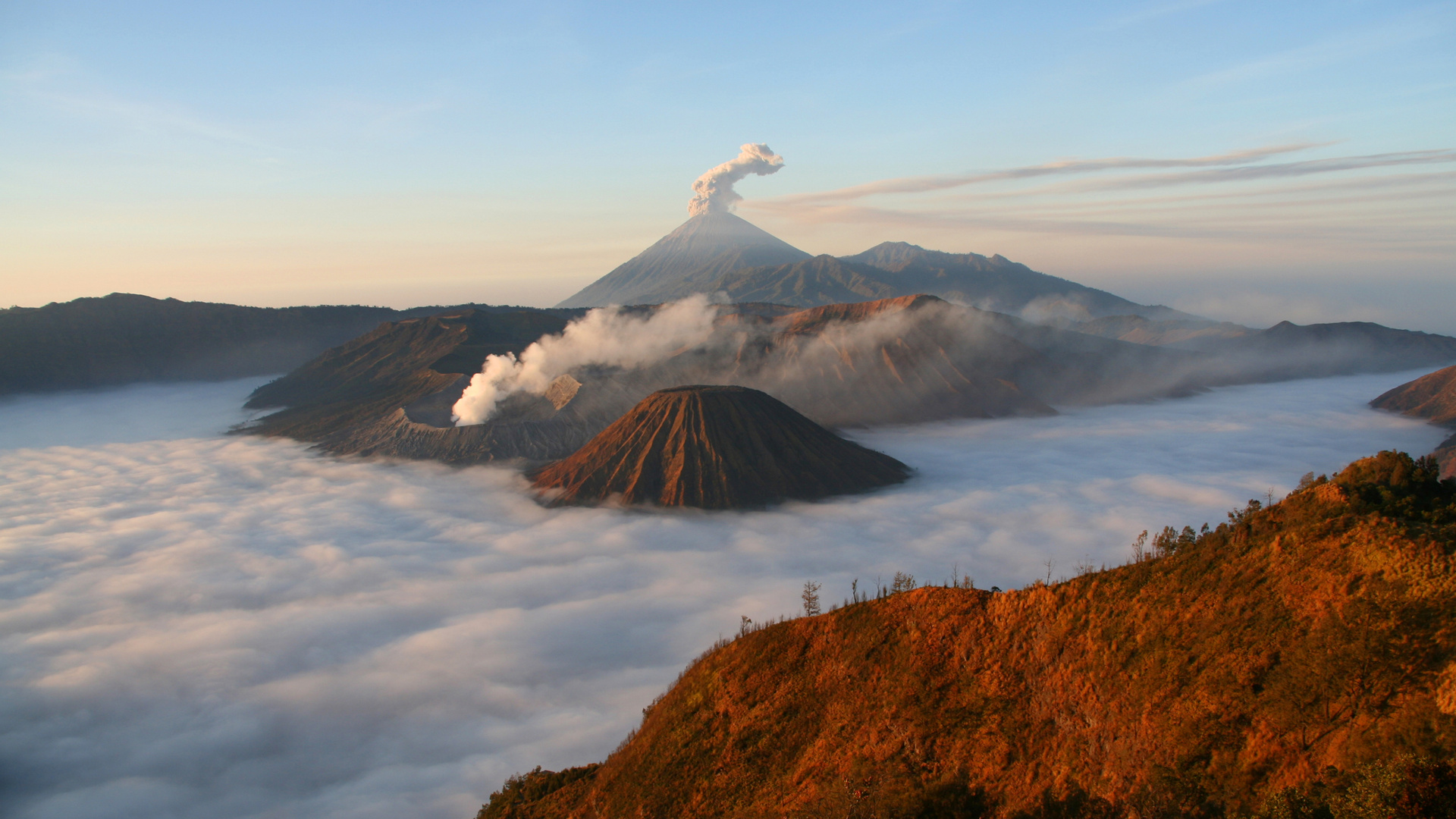 Custom Travel Planners Network-Indonesia-Bromo Tengger Semeru National Park