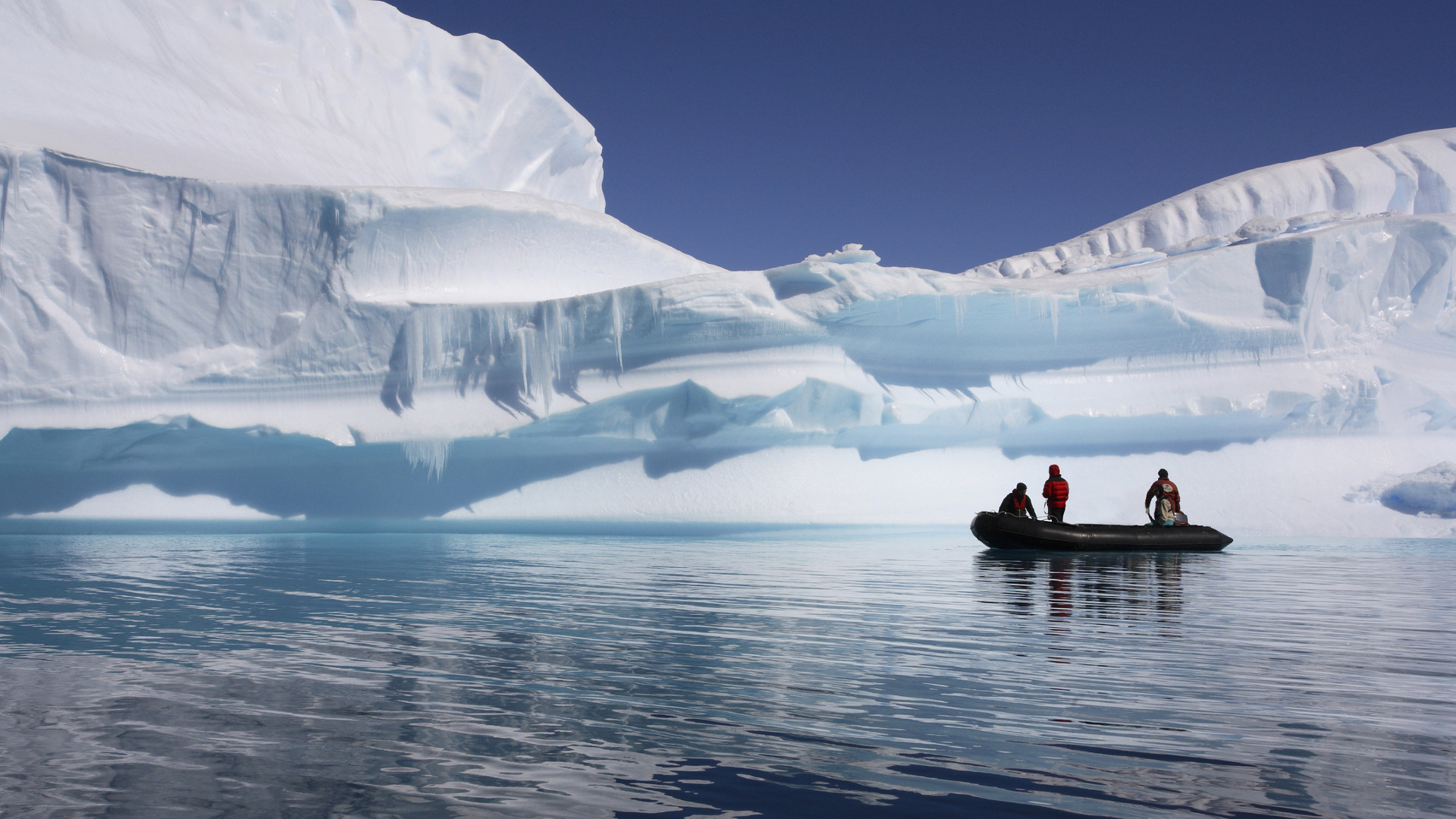 Custom Travel Planner Network-Antarctica-Cruise up Close
